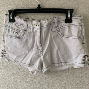 White Jean Shorts From Forever 21 (Size 26)